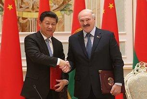 相片:中国国家主席习近平多次强调,中国视白罗斯为共建「一带一路」的重要合作伙伴。