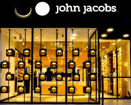 相片: John Jacobs专门店。