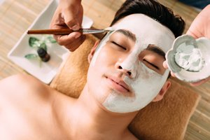 相片:相对于女士,男士选择美容院时更看重其专业性。