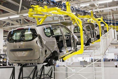 相片:廣東企業進一步提升自動化增強生產能力。