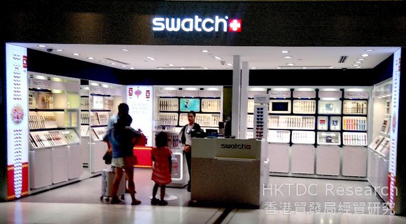 相片: 曼谷苏凡纳布米国际机场的Swatch商店。