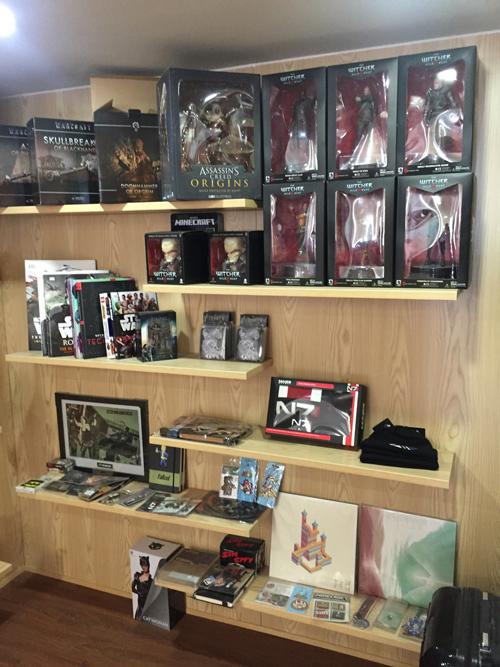 相片:铄雅获原创授权制作发售的电玩及动漫周边商品。