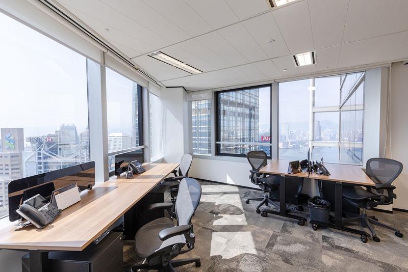 相片: 德事在香港提供的服務式辦公室。