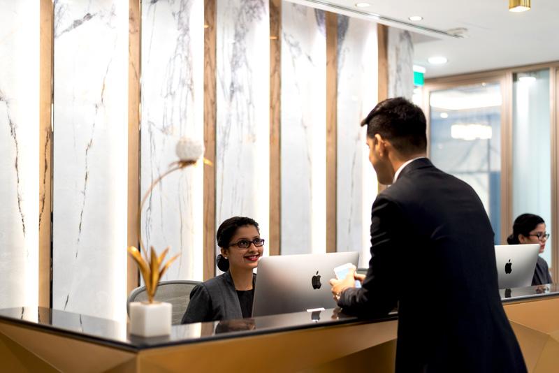 相片: 德事 在印度提供办公室解决方案。