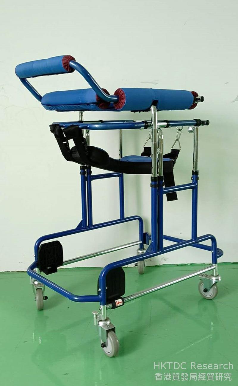 相片:康复助行学步车──台湾佳新出品的康复辅具类产品。