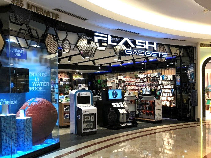 Photo: An array of electronic accessories showcased in Flash Gadgets.