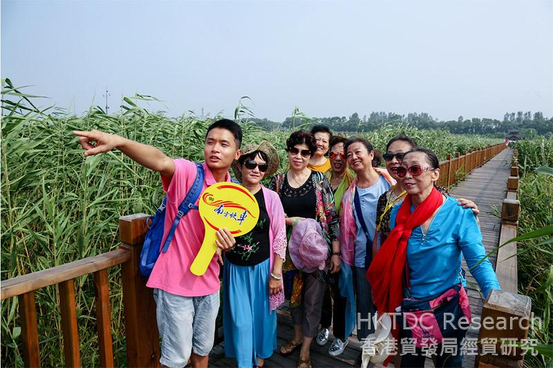 Photo: Elders are the main consumers in mainland rail tours