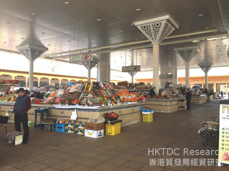 相片:阿萊巴扎(Alay Bazaar)是塔什干(Tashkent)一個只接受現金交易的傳統市場。