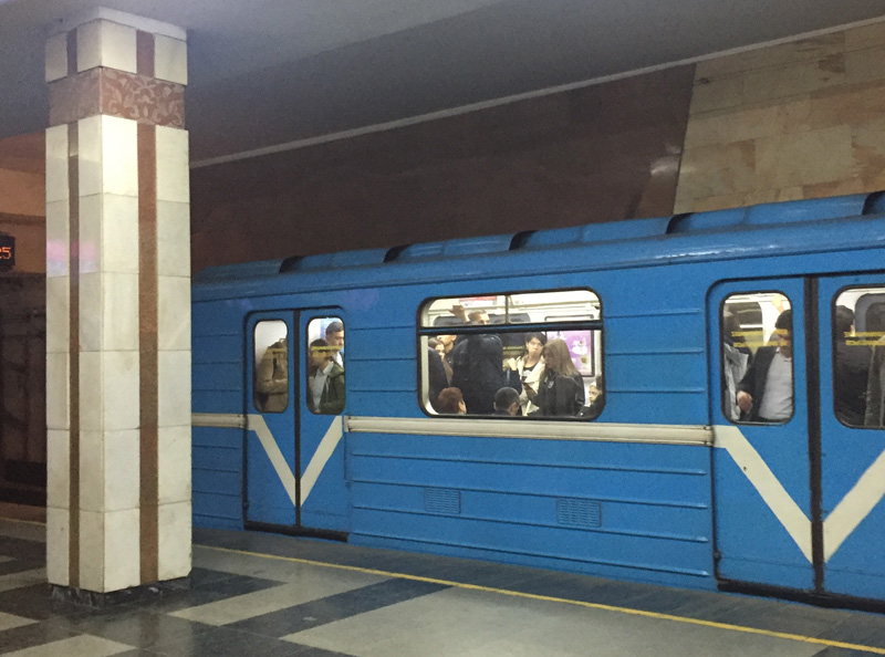 相片:塔什干地鐵(Tashkent Metro)於1977年開始營運,多年來保養得宜,為該市提供快捷鐵路服務。