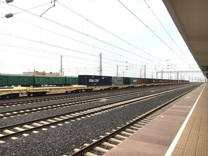 相片: 吉布提那噶德火車站。