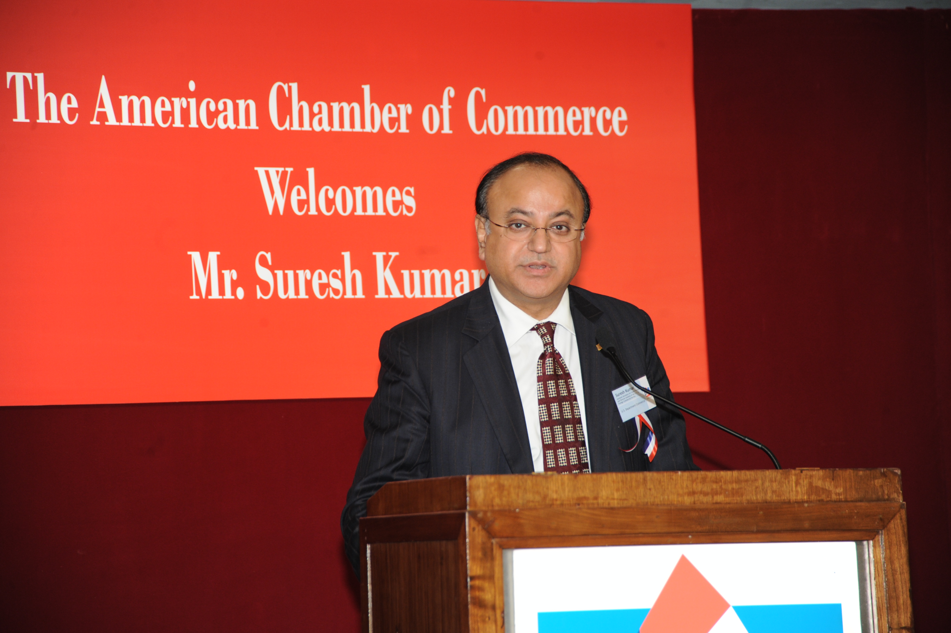 亚洲美囌͜_贸发网 - 港美合作鼓励美国公司使用香港商贸平台进军亚洲   香港贸